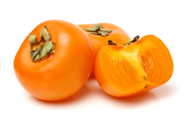 柿を犬に食べさせても大丈夫?柿が犬に与える効能5つと柿を食べさせるときの注意点6つ